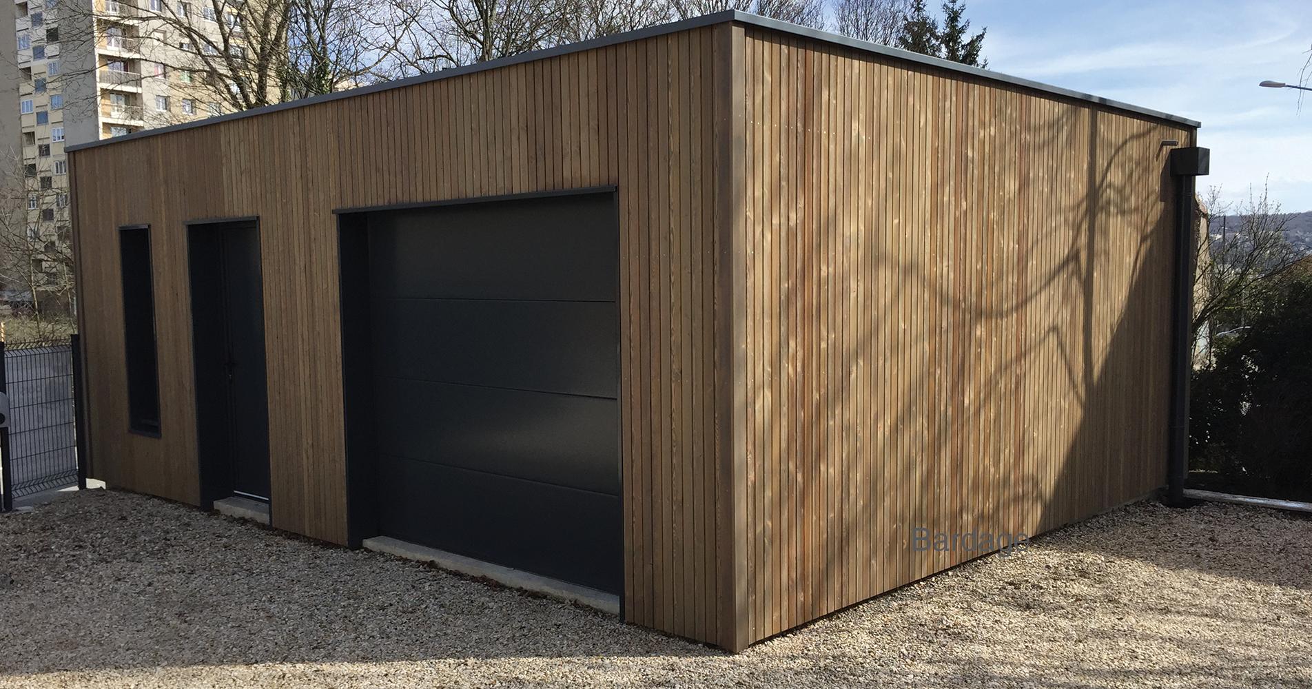Bardages bois trait s satur s votre garage bois for Garage bois traite